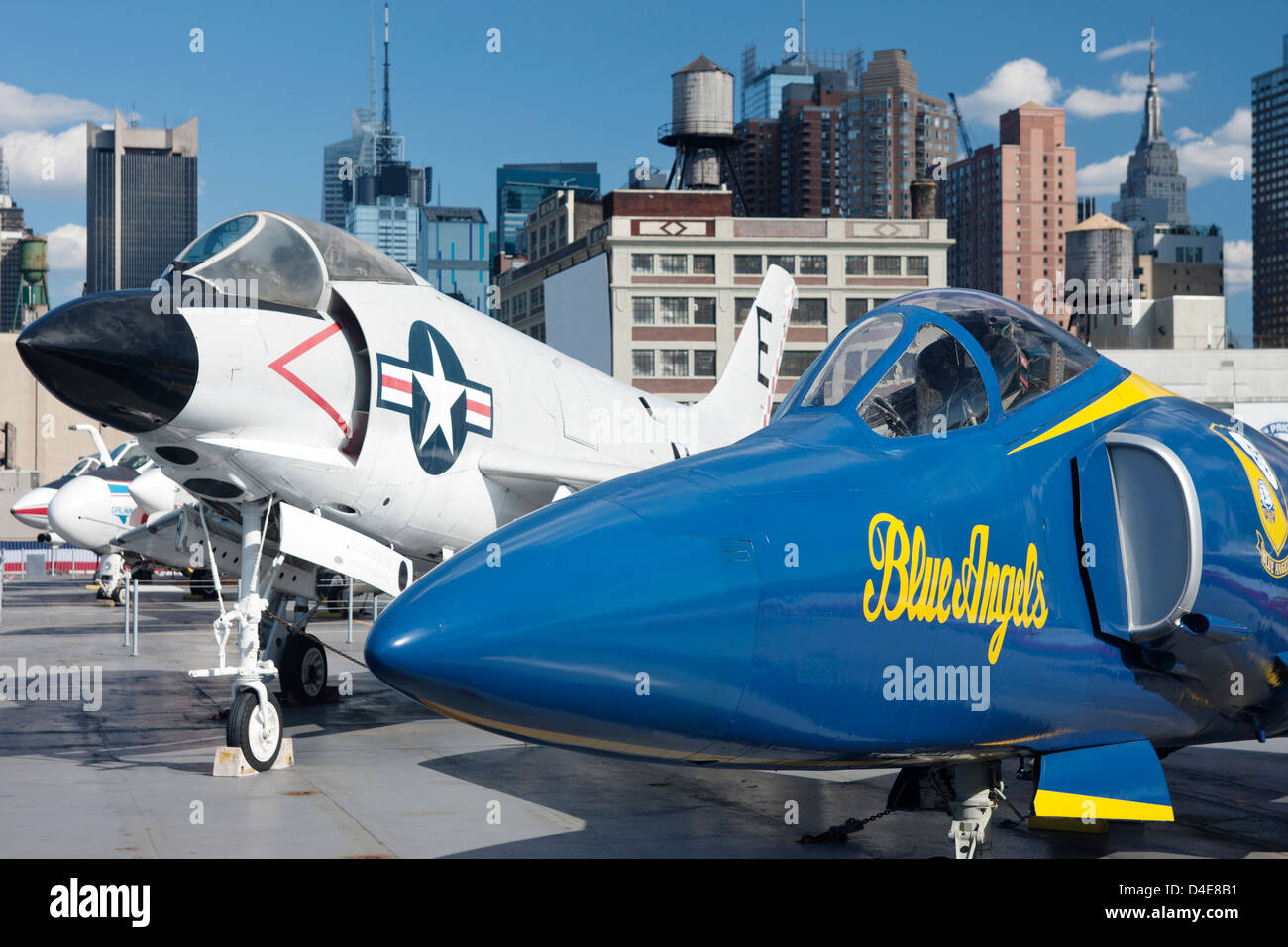 FLIGHT DECK OF INTREPID SEA AIR AND SPACE MUSEUM MANHATTAN NEW YORK CITY USA Stock Photo