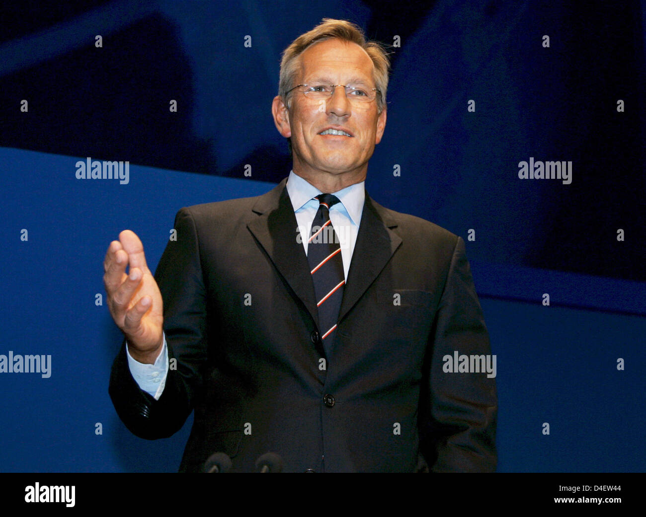 CEO of Allianz AG Michael Diekmann is pictured at the company's general meeting at the Olympic Hall in Munich, Germany, 21 May 2008. Allianz made a record profit. Diekmann affirmed talks about a reorganisation of the bank industry of Allianz. Photo: MATTHIAS SCHRADER Stock Photo