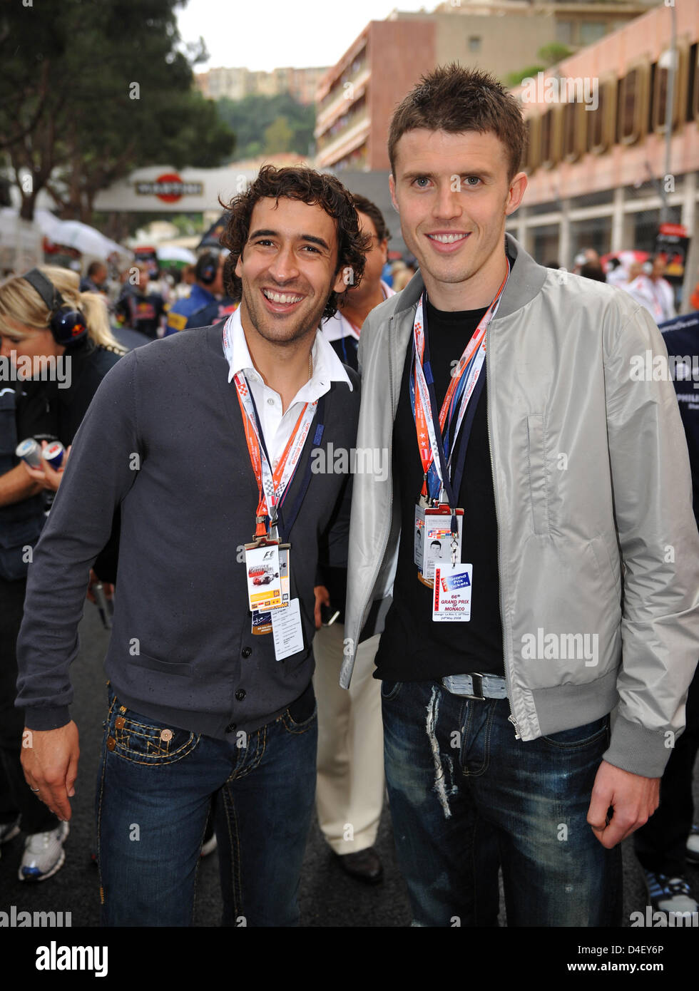 Michael Carrick (L) of English Premier League champion and UEFA Champions League winner Manchester United, and Raul - Stock Image