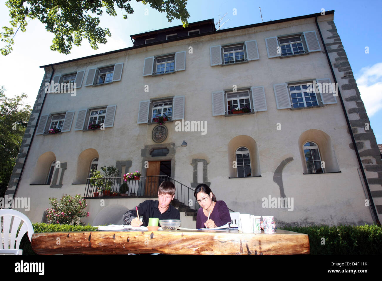 Marie Regel and Bjoern Weber study at the protestant boarding school at Castle Gaienhofen, Germany, 09 July 2008. - Stock Image