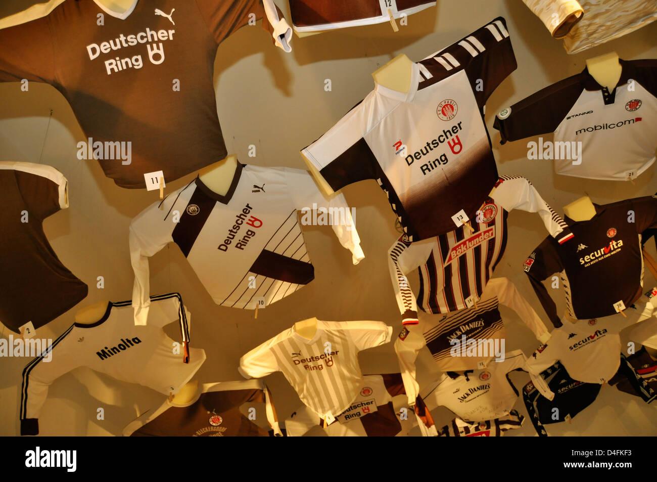 Ausstellung Südtribüne FC St. Pauli, Hamburg, Deutschland. Nur redaktionelle Verwendung. - Stock Image