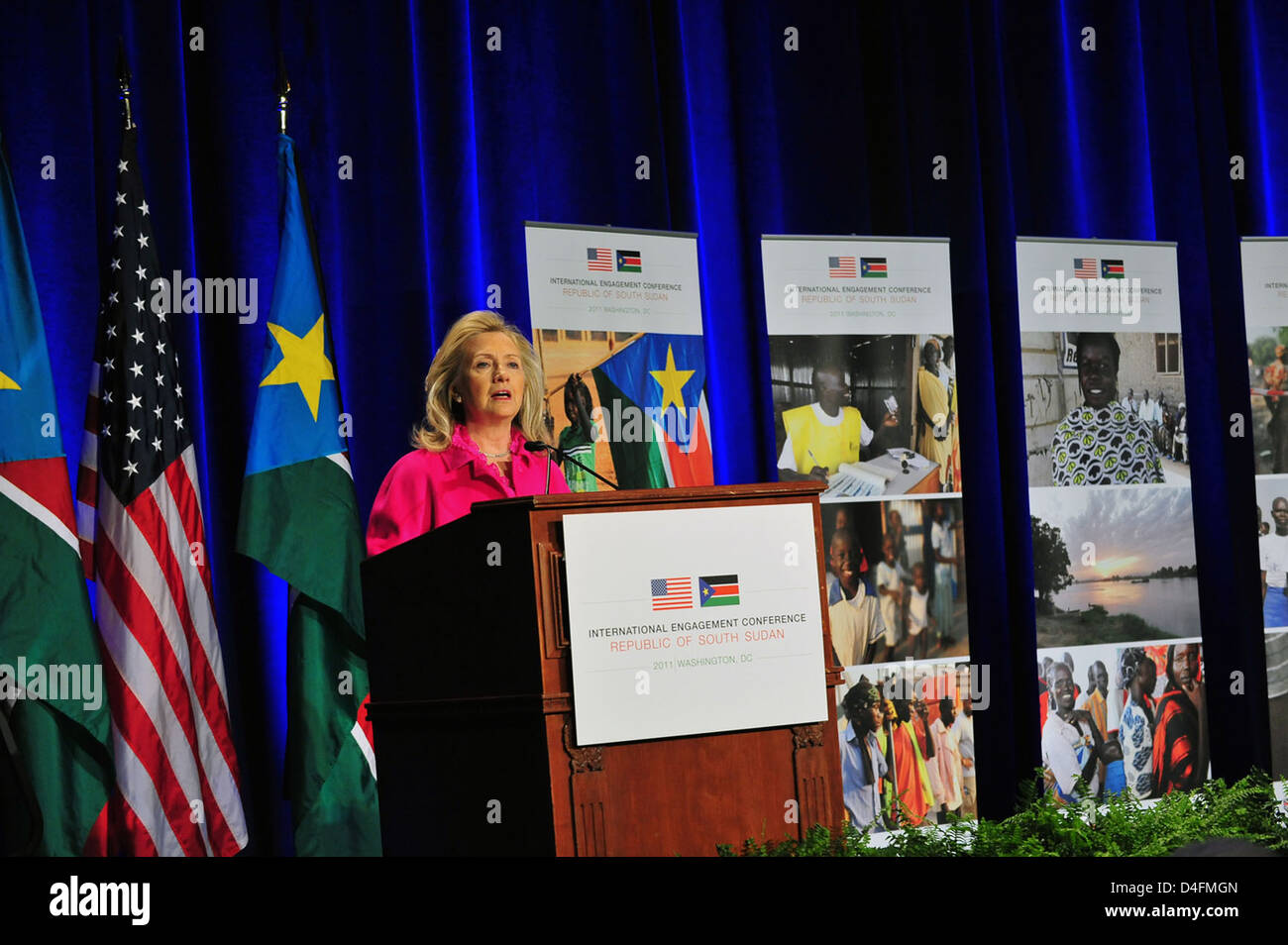 Secretary Clinton Delivers Remarks at International Engagement Conference for South Sudan - Stock Image