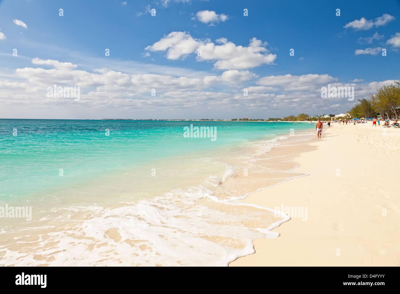 Seven Mile Beach on Cayman Islands - Stock Image
