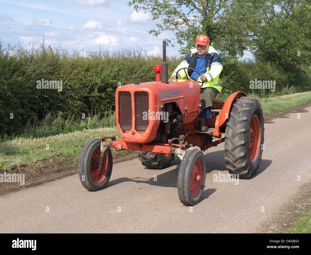 Vintage Allis Chalmers Tractor On The Road Run At Morton Steam And Vintage Weekend