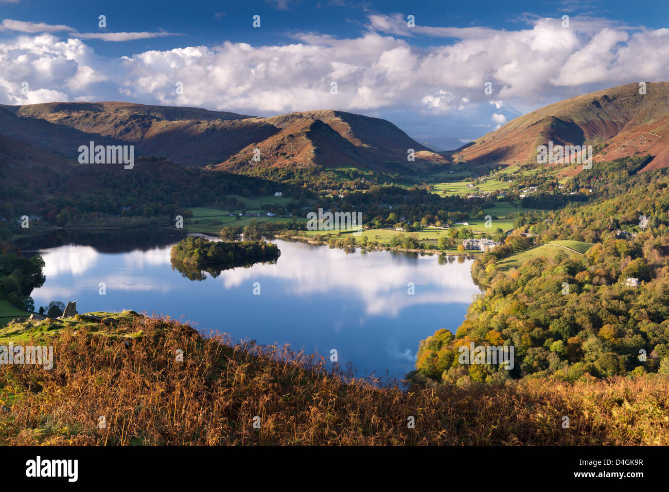 Lake Grasmere on a beautiful autumnal afternoon, Lake District, Cumbria, England. Autumn (October) 2012. - Stock Image