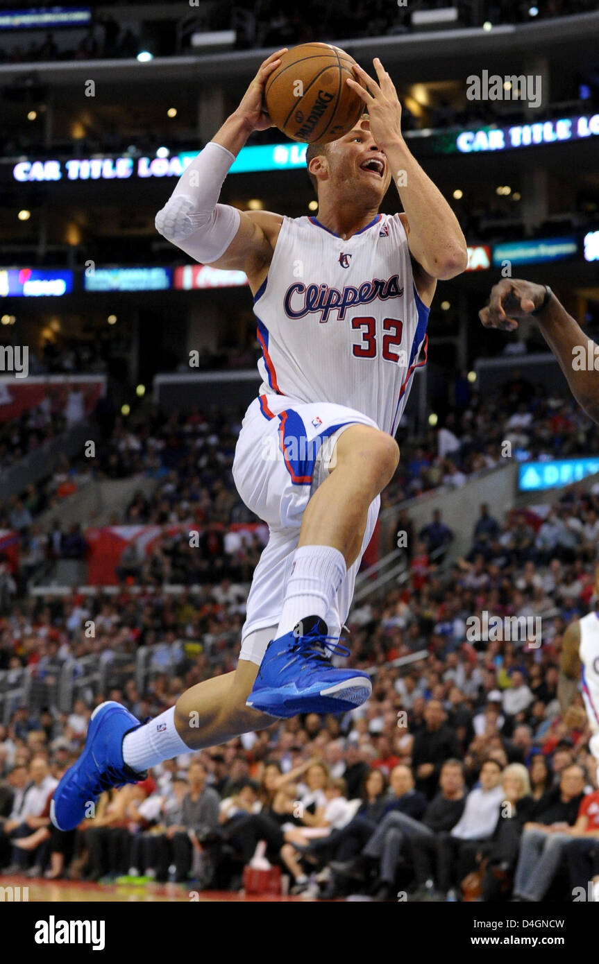 Los Angeles, California, USA. 13th March 2013. Los Angeles Clippers power forward Blake Griffin (32) goes up for Stock Photo