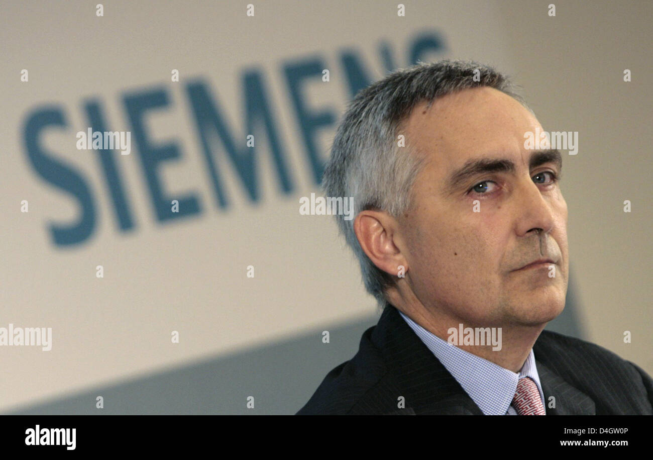 Siemens CEO Peter Loescher, seen during a press conference at the