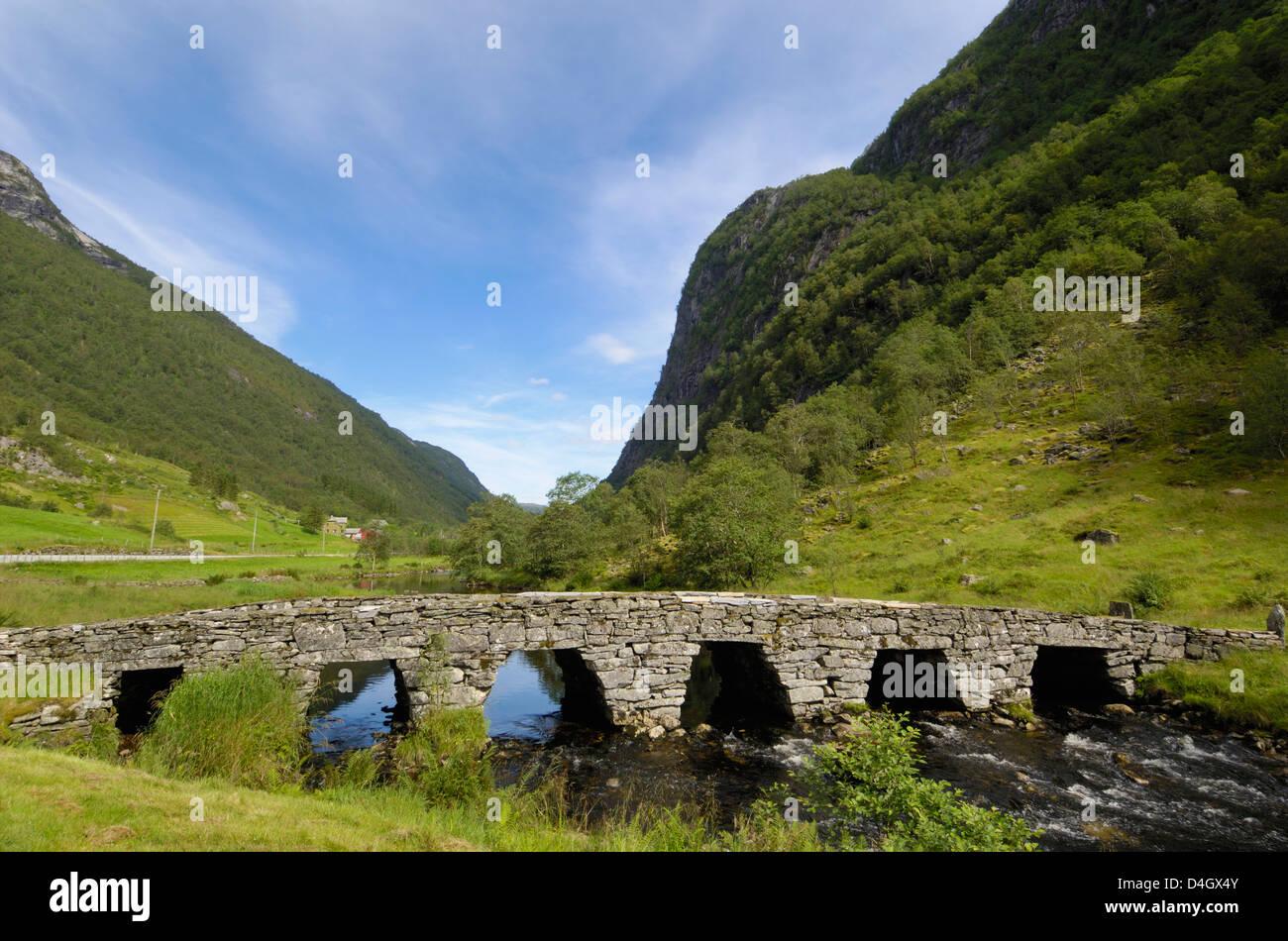Old bridge, Ytredalen, Sogn og Fjordane, Norway, Scandinavia - Stock Image