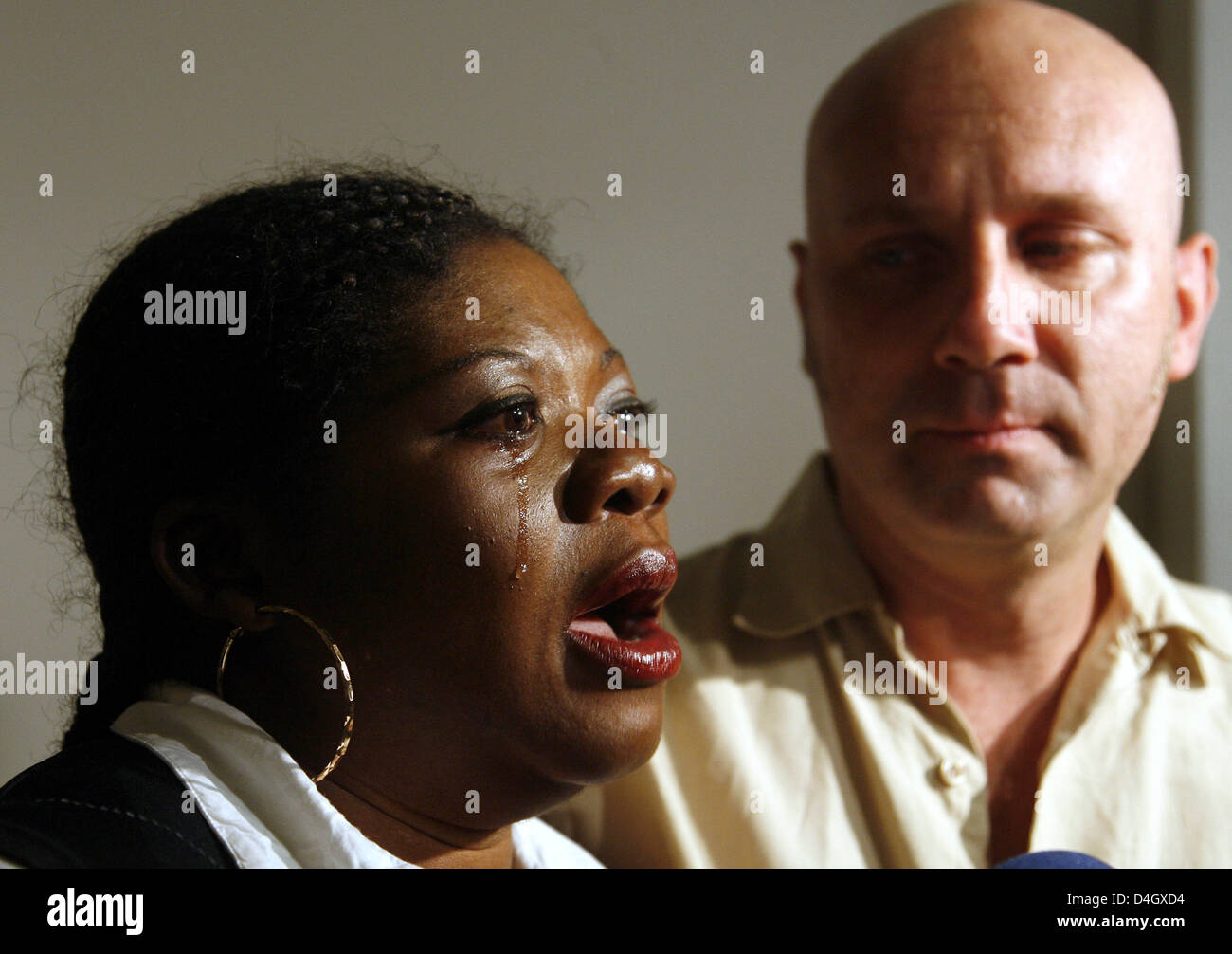 The happy parents of newborn twins Florence Addo-Gerth and Stephan Gerth give a statement in Berlin, Germany, 16 - Stock Image