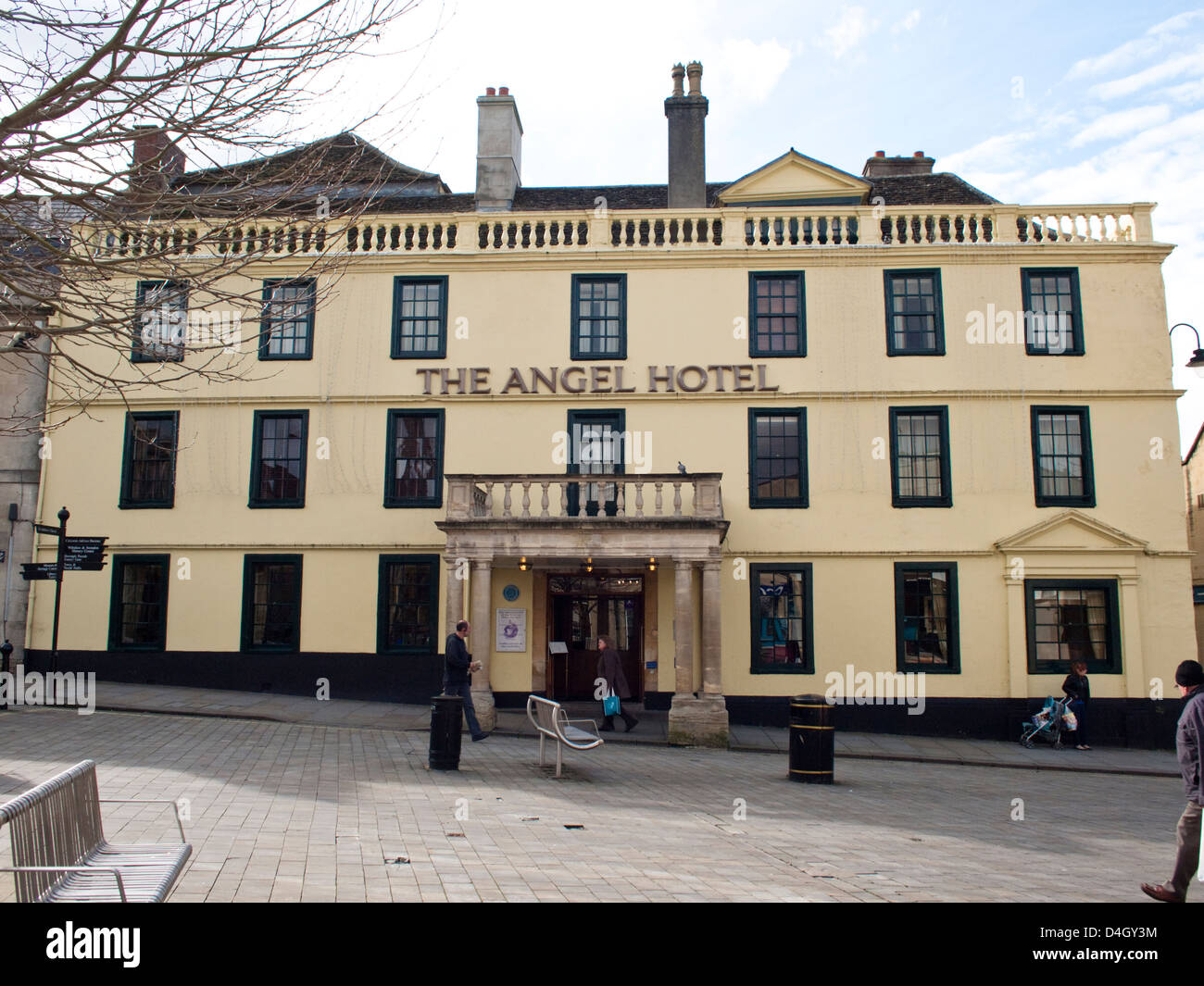 Chippenham, in Wiltshire England UK The Angel Hotel - Stock Image