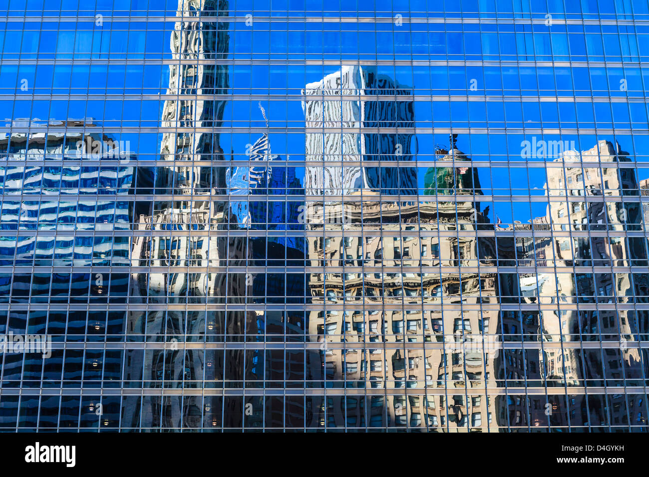 Buildings on West Wacker Drive reflected in the Trump Tower, Chicago, Illinois, USA - Stock Image