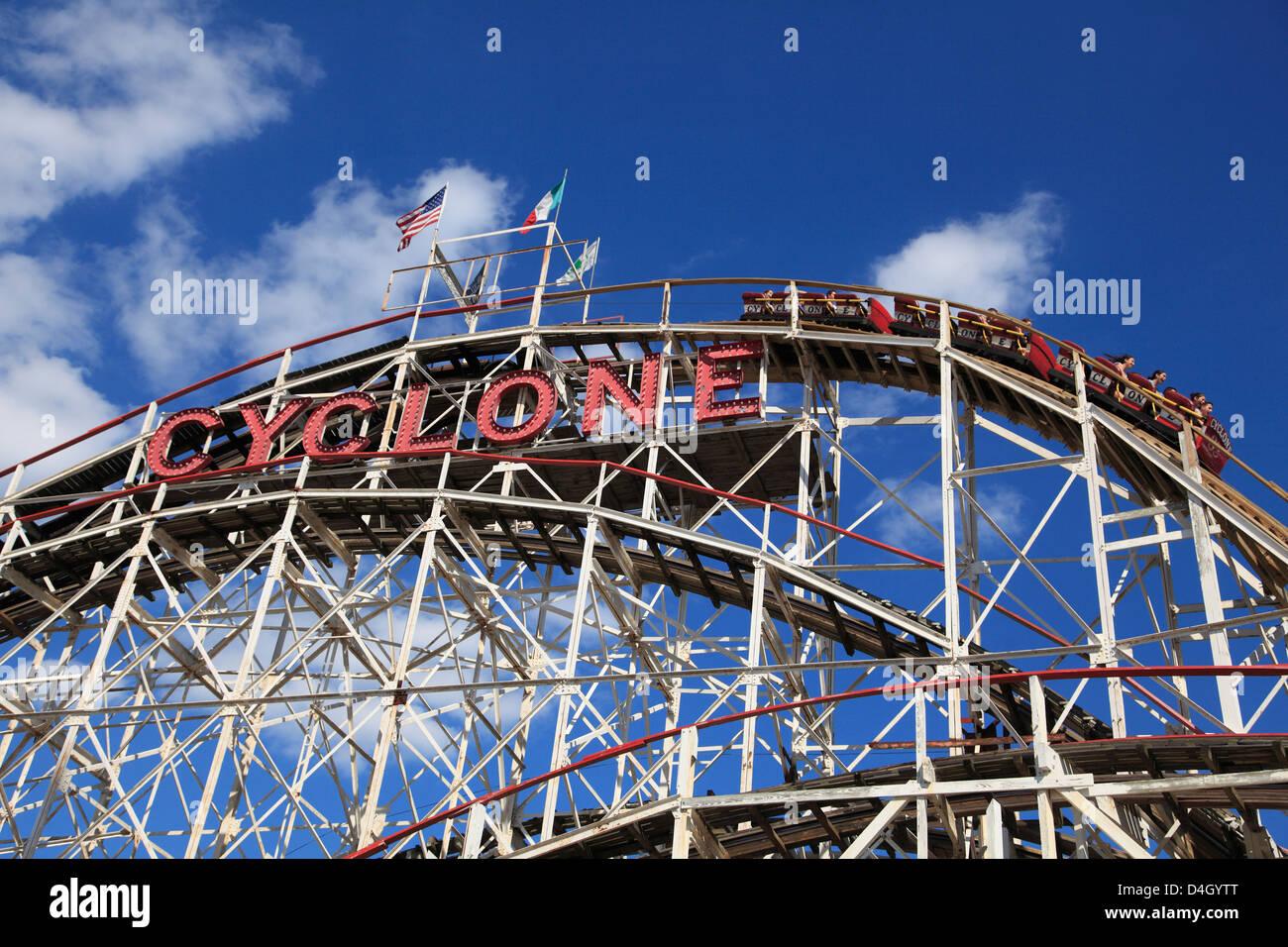 Cyclone roller coaster, Coney Island, Brooklyn, New York City, USA - Stock Image