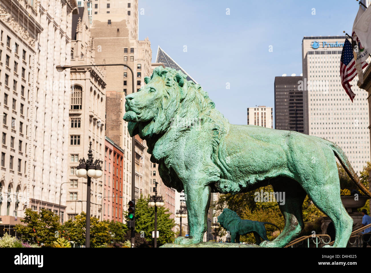One of the two iconic bronze lion statues outside the Art Institute of Chicago, Chicago, Illinois, USA - Stock Image
