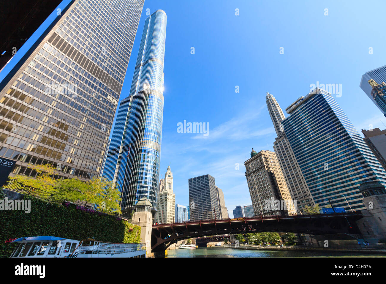 Skyscrapers along the Chicago River, including Trump Tower, Chicago, Illinois, USA Stock Photo