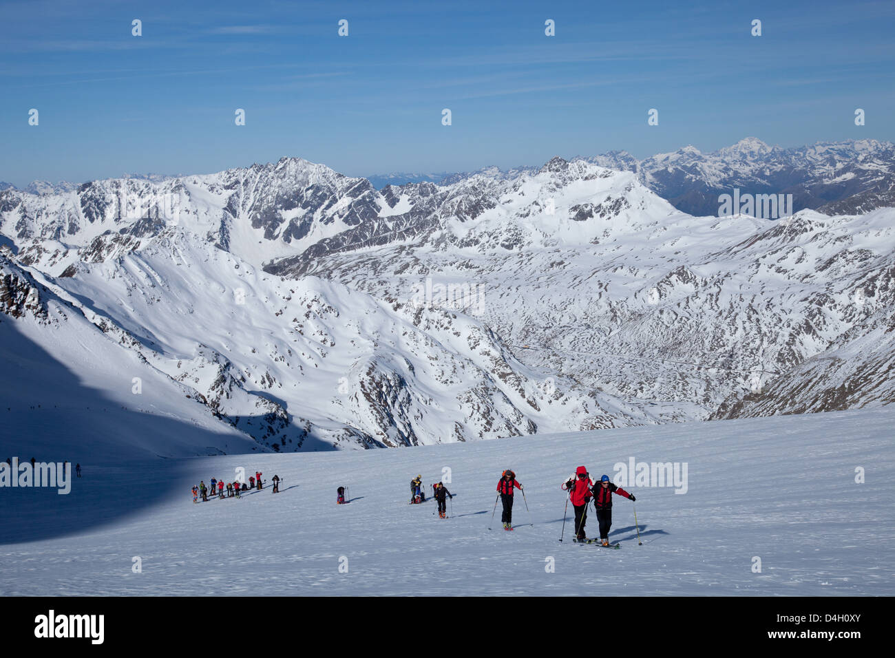 Ski touring in the Alps, ascent to Punta San Matteo, on the border of Lombardia and Trentino-Alto Adige, Italy - Stock Image