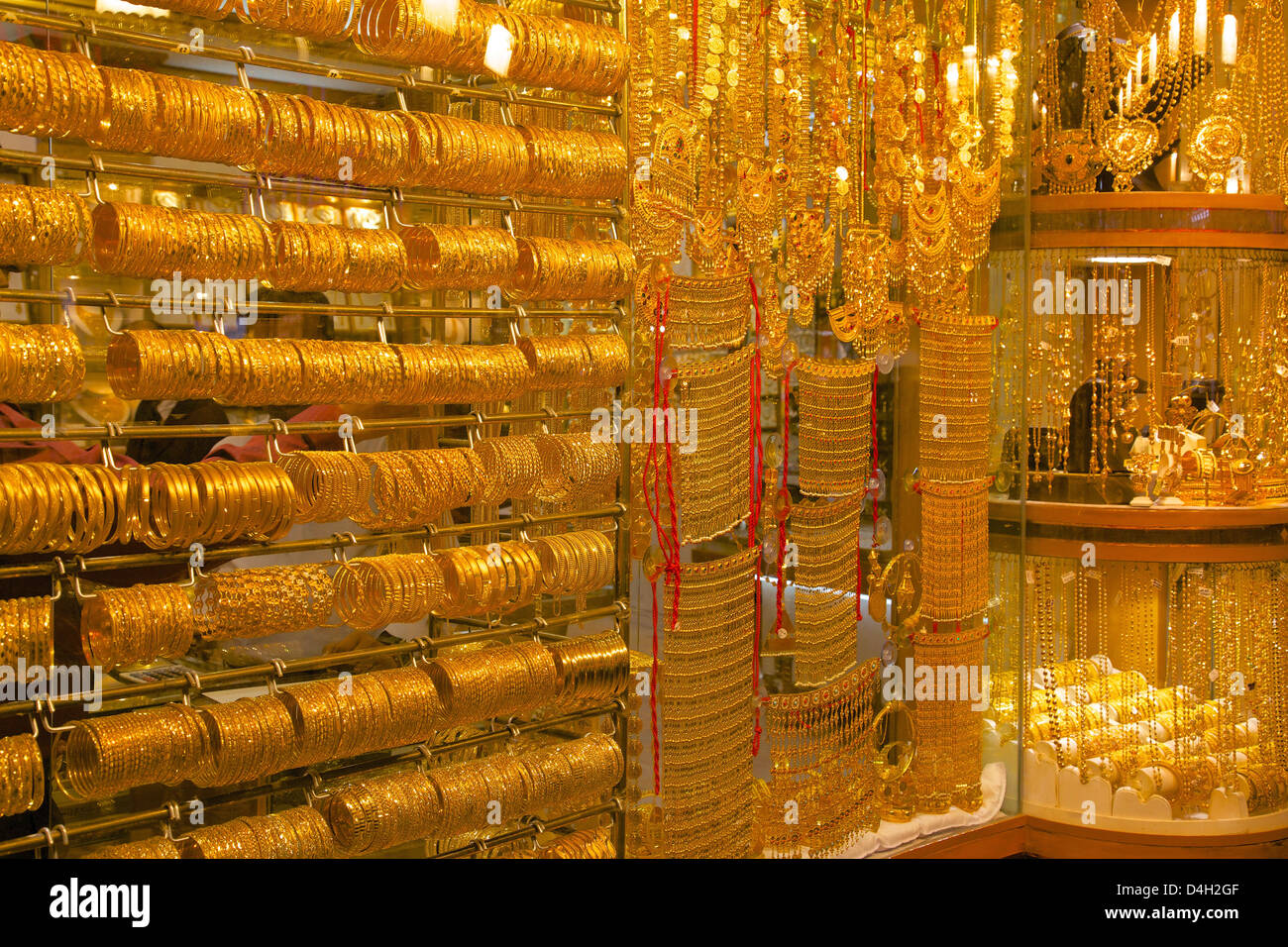 gold in emirates united photo stock a dubai bangles arab souk