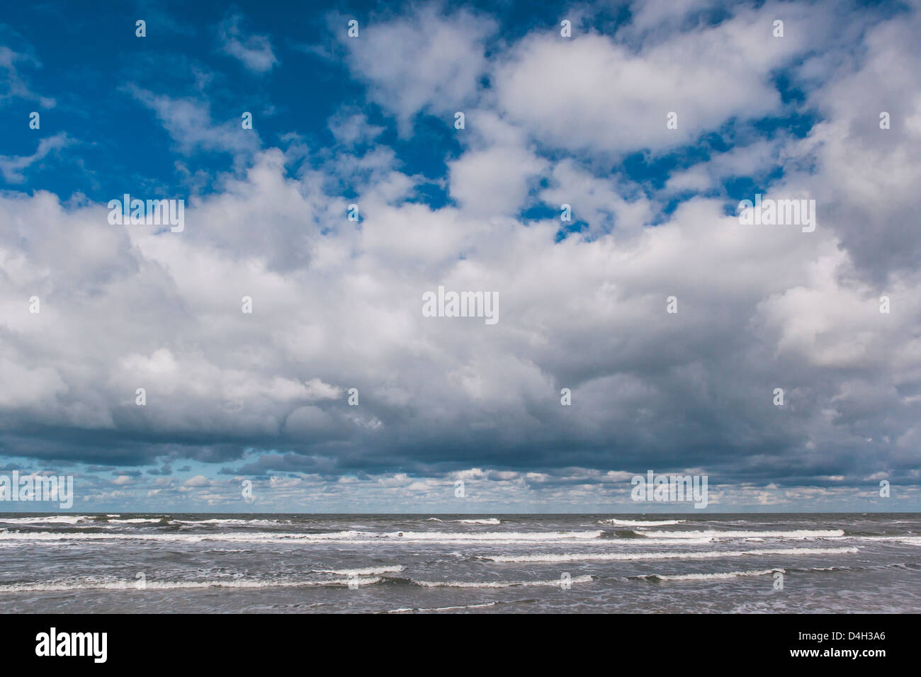 View out to the North Sea, Schiermonnikoog, West Frisian Islands, Friesland, The Netherlands (Holland) - Stock Image