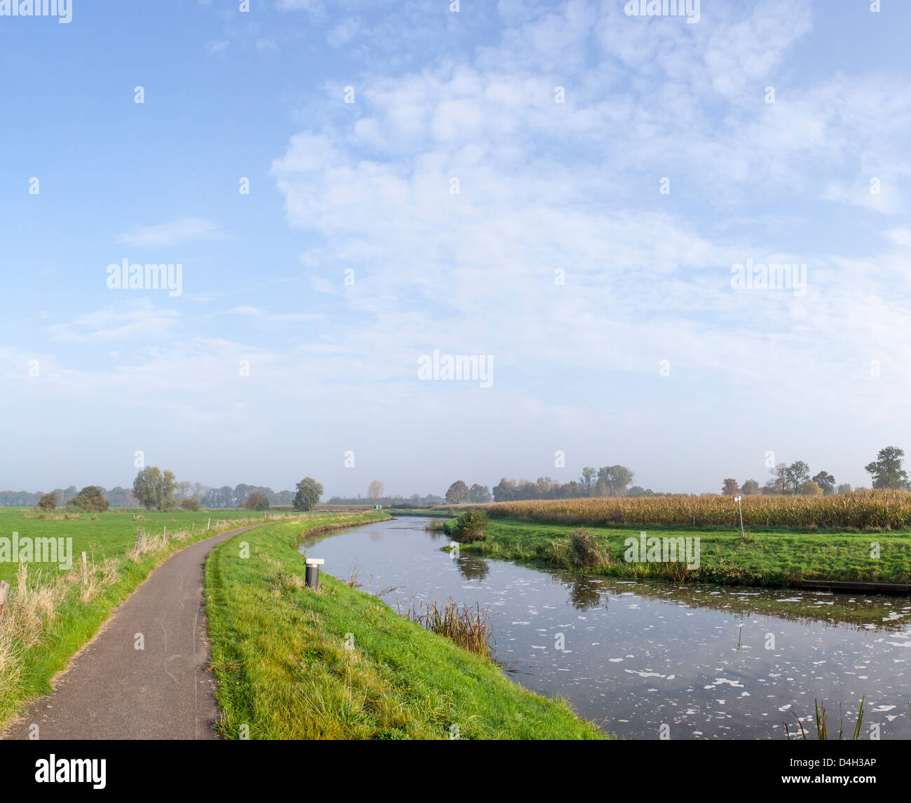 Countryside cycle path along the River Mark, Breda, North Brabant, The Netherlands (Holland) - Stock Image