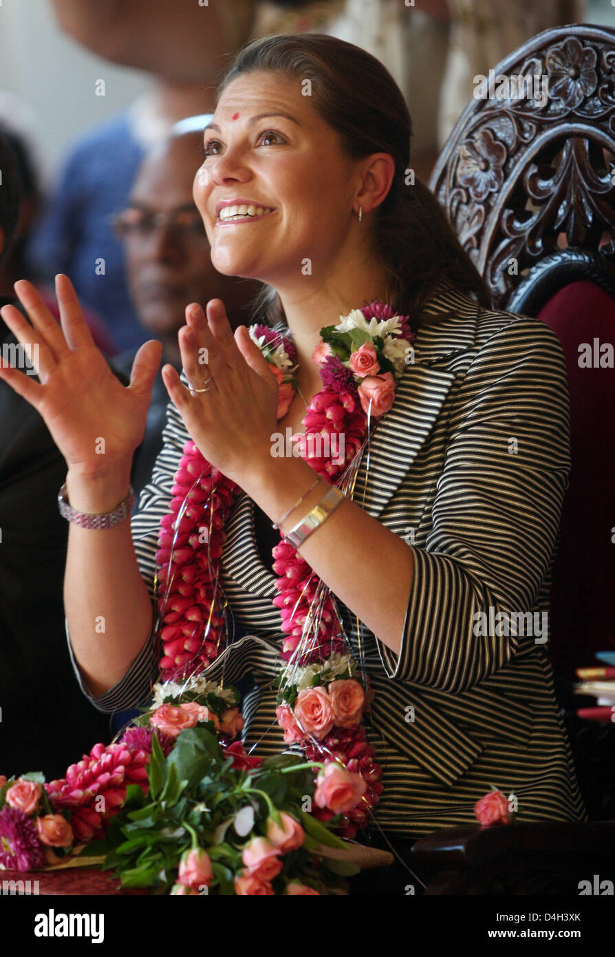 Crown Princess Victoria of Sweden is all smiles as she visits the Vikhe Pathil Memorial School in Pune City, India, - Stock Image