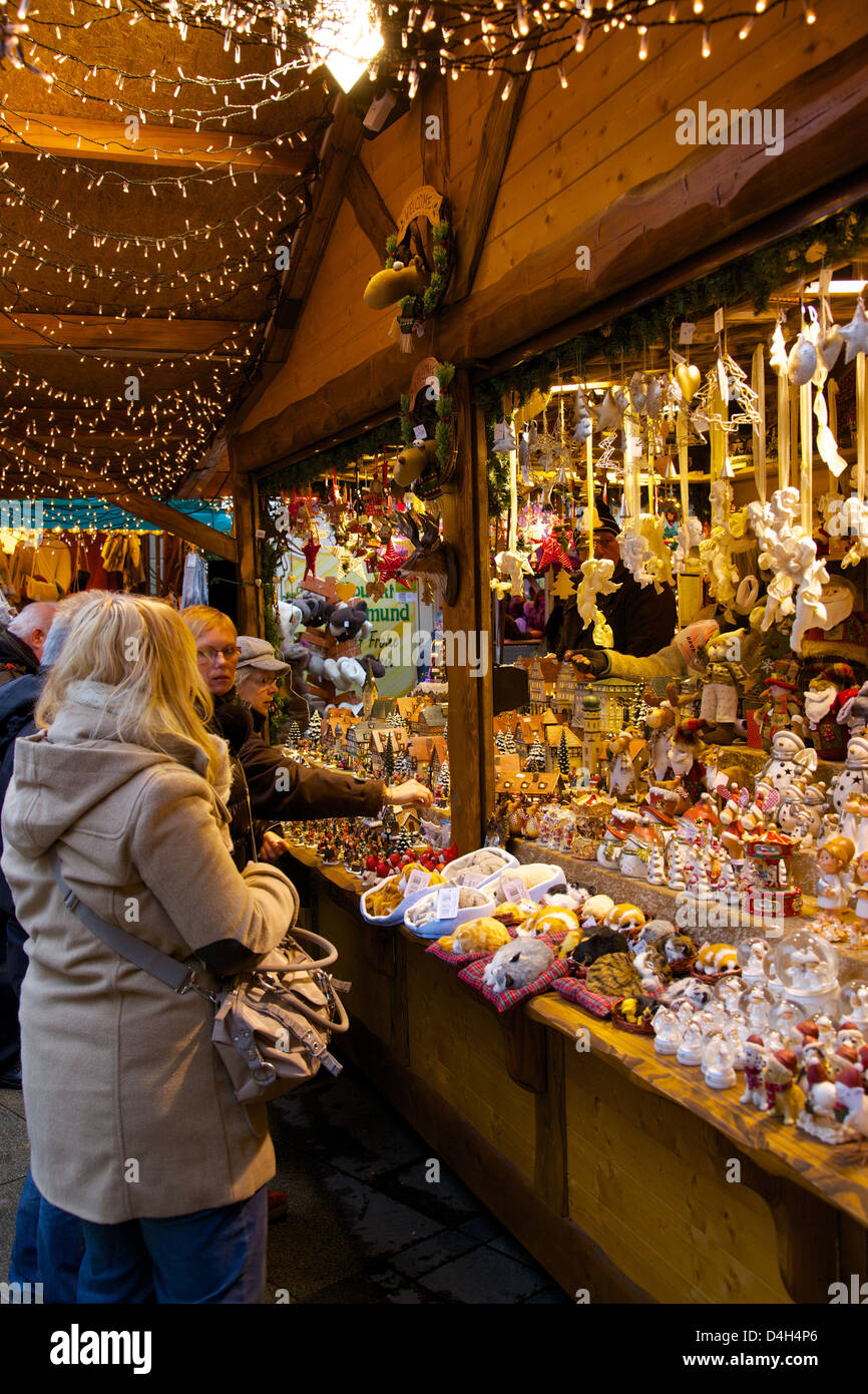 Christmas Market stall, Dortmund, North Rhine-Westphalia, Germany - Stock Image