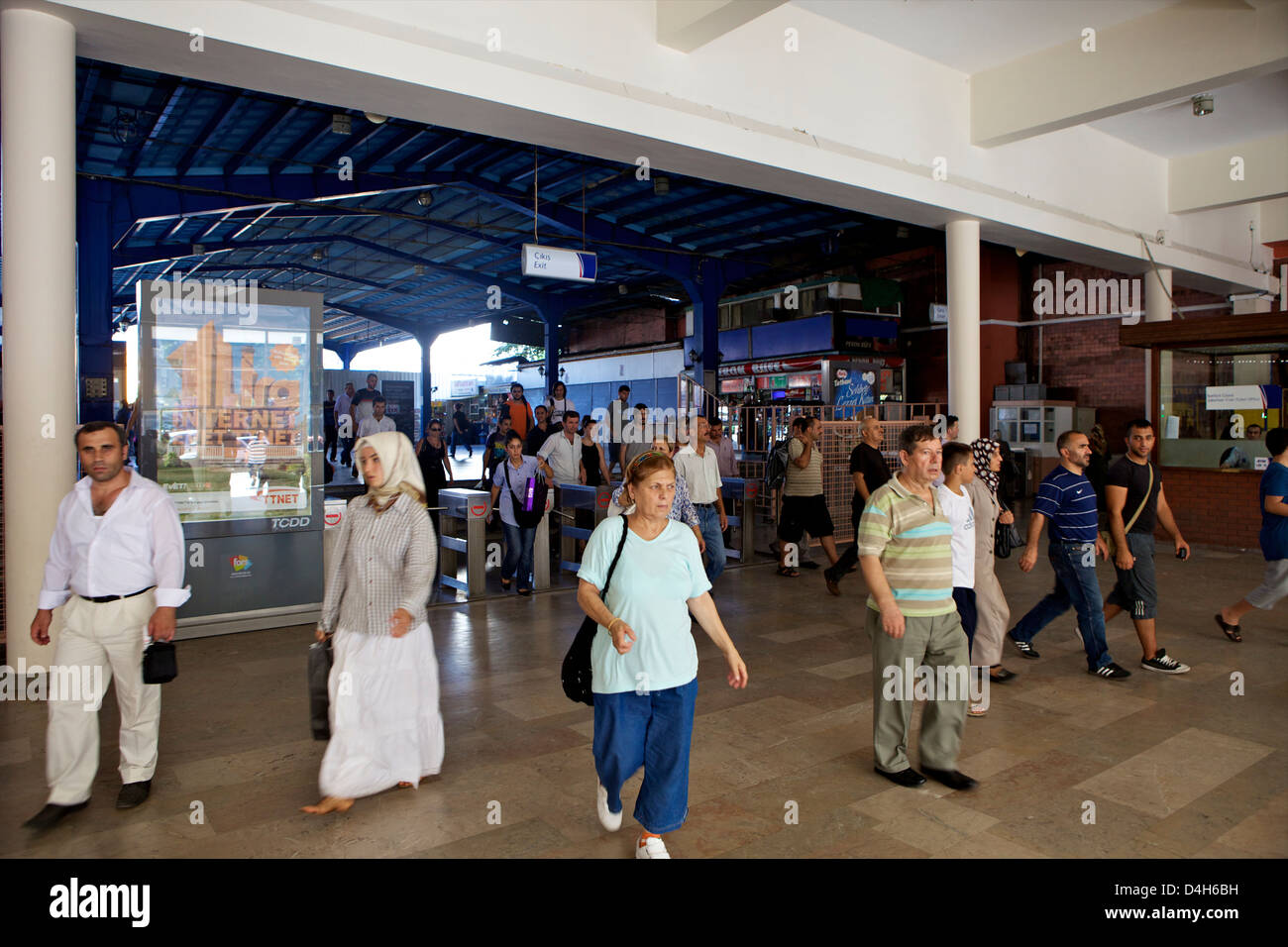Commuters at Sirkeci Gar (Central railway) railway station former terminal stop of the Orient Express, Istanbul, - Stock Image