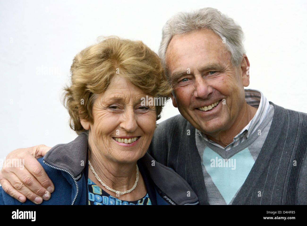German couple Heinrich and Rosemarie T. portrayed after their return to Germany in Kiel, 23 December 2008. The couple - Stock Image