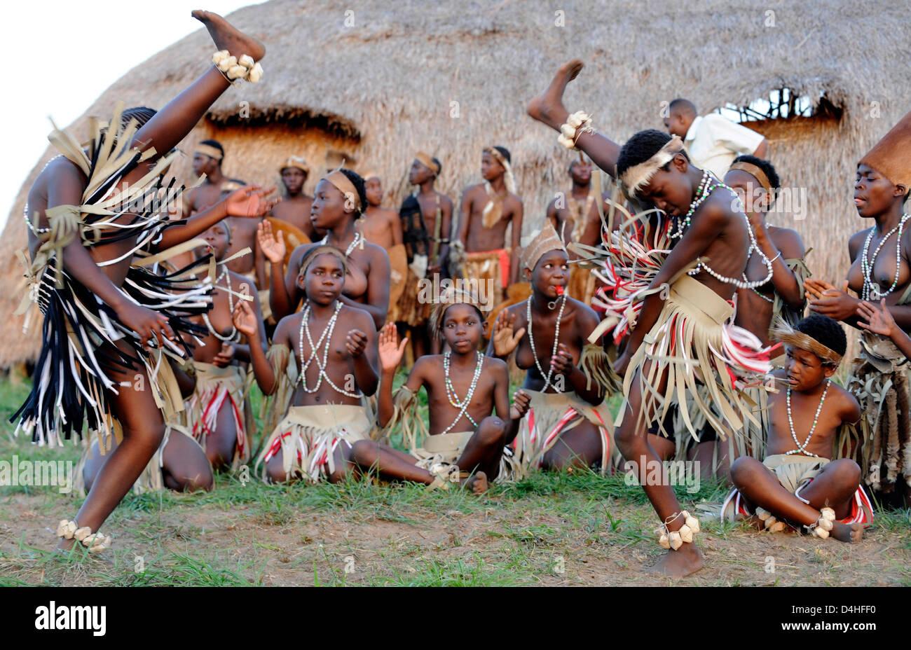 Zulu culture dance  A Guide to Zulu Culture, Traditions, and