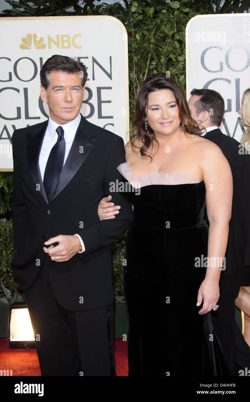 Actor Pierce Brosnan and his wife Keely Shaye Smith for ... - photo#15