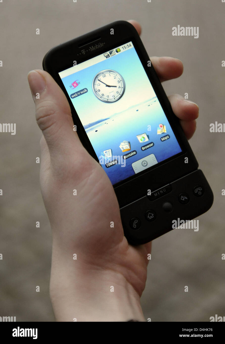 The new Google mobile phone G1 seen in Hamburg, Germany, 19 January 2009. German mobile network operator T-Mobile - Stock Image