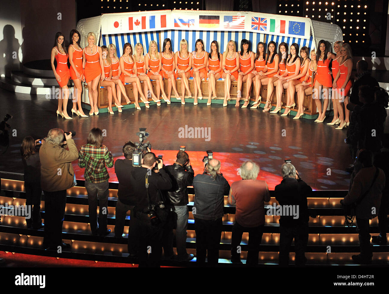 The 23 candidates of the beauty pageant ?Miss Germany 2009? pose during their presentation at the Europa-Park in - Stock Image