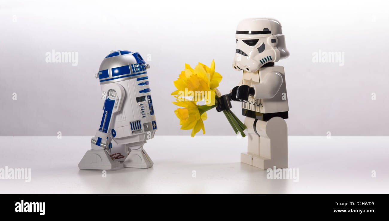 Star Wars, an untold love story. R2-D2 and a Stormtrooper - Stock Image