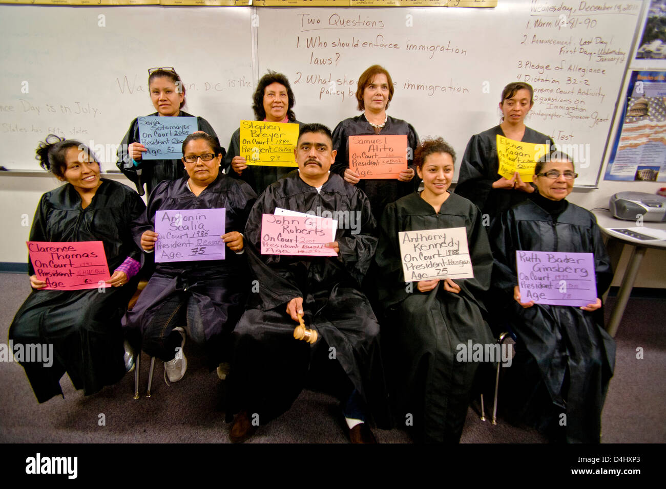 Mostly-Hispanic students at an adult-education U.S. citizenship class in San Juan Capistrano, CA - Stock Image