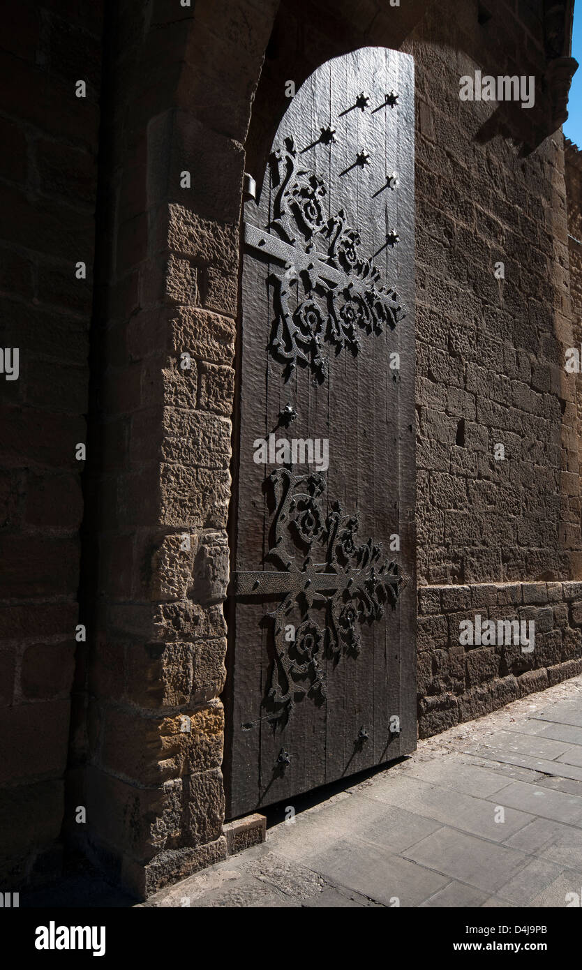 Large gated entranced in the medieval walled town of Laguardia in the Basque Country northern Spain - Stock Image