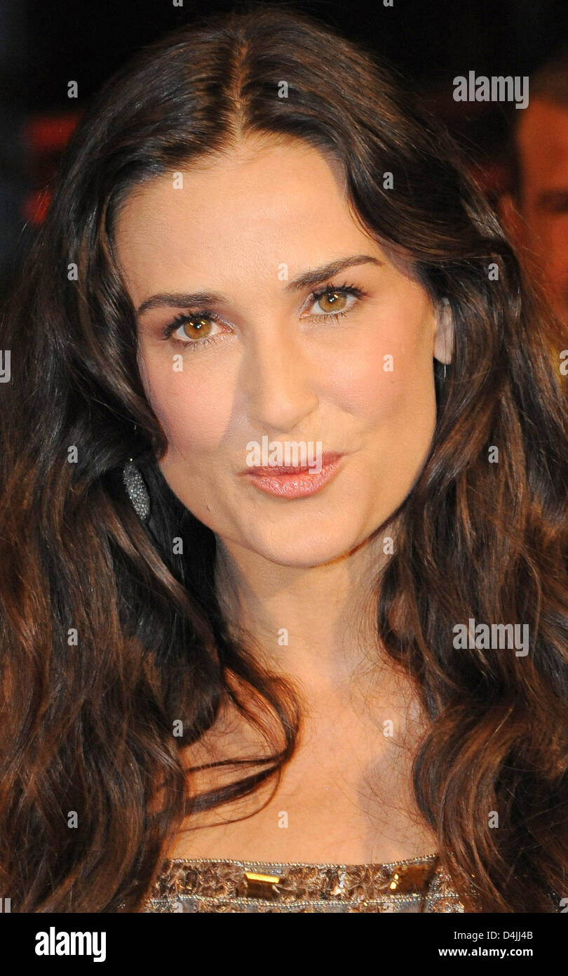 US-actress Demi Moore arrives for the premiere of the film ?Happy Tears? at the 59th Berlin International Film Festival Stock Photo