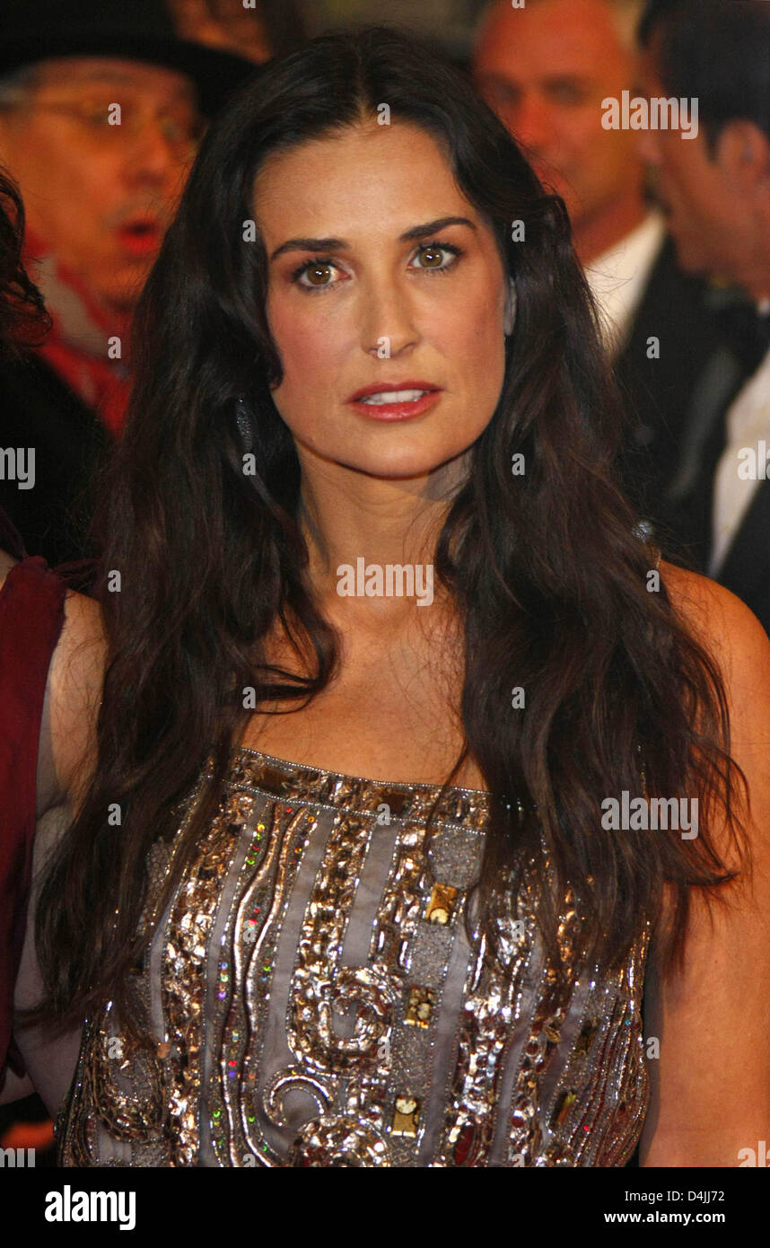 US-actress Demi Moore arrives for the premiere of ?Happy Tears? during the 59th Berlin International Film Festival Stock Photo
