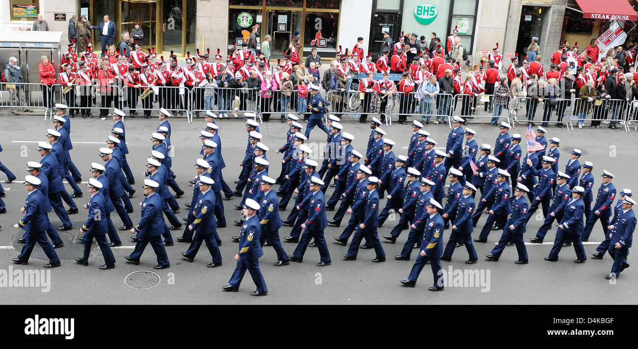 Sector New York marches down 5th Ave. Stock Photo