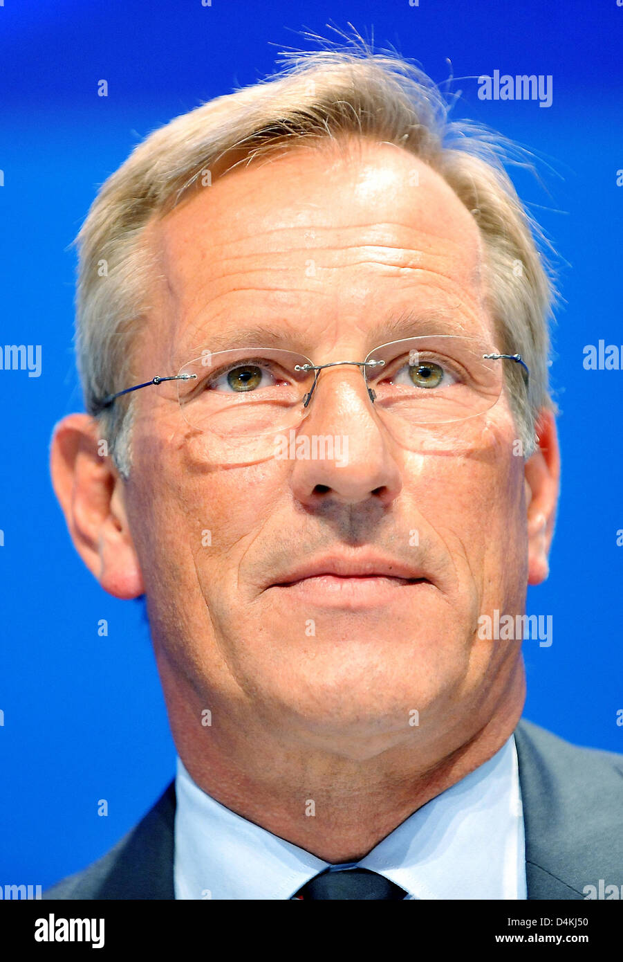 CEO of Allianz, Michael Diekmann, pictured at the insurance company?s general meeting in Munich, Germany, 29 April 2009. Europe?s largest insurance company Allianz still gives no prospect for the ongoing year due to the global financial and economic crisis. Photo: FRANK LEONHARDT Stock Photo