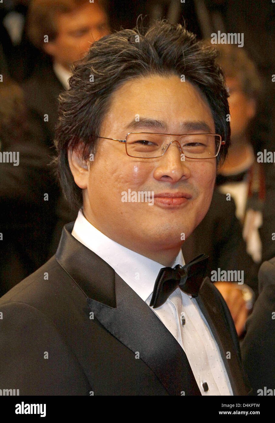 Korean director Park Chan-Wook arrives for the gala screening of the film ?Bak-Jwi? (Thirst) running in competition - Stock Image