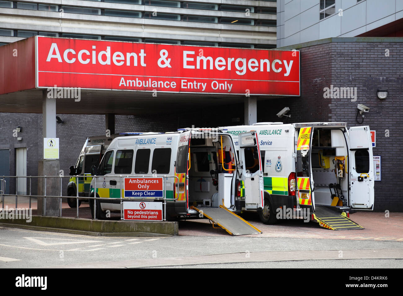Accident and Emergency entrance, ambulance entry only, Glasgow Royal Infirmary, Scotland, UK - Stock Image
