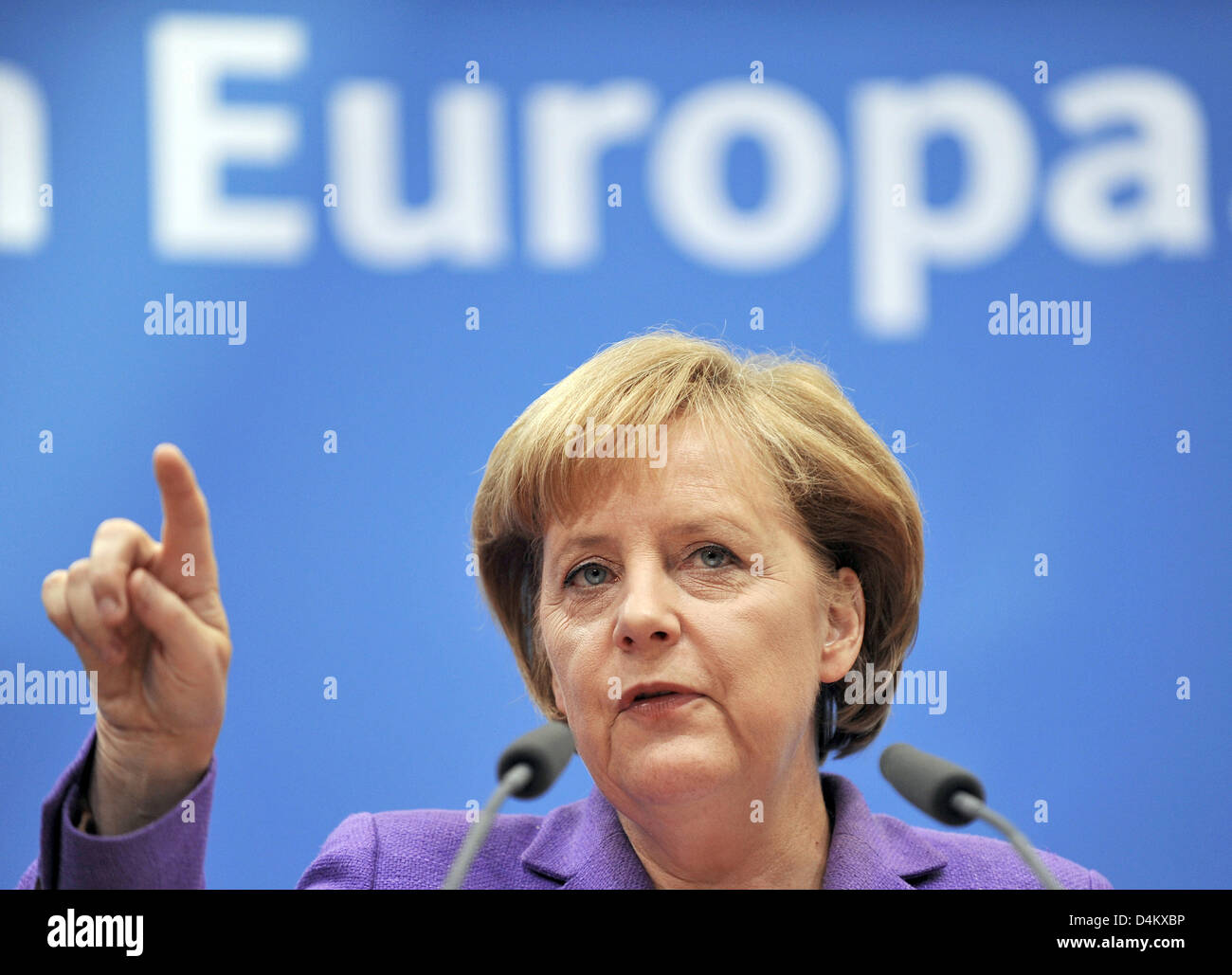 German Chancellor and Chairwoman of Christian Democratic Union (CDU), Angela Merkel, gives a press conference after a joint chair meeting of conservative sister parties CDU and CSU (Christian Social Union) in Berlin, Germany, 25 May 2009. Party leaders approved a joint declaration on the upcoming elections for the European Parliament, taking place on June 7th 2009. Photo: HANNIBAL Stock Photo