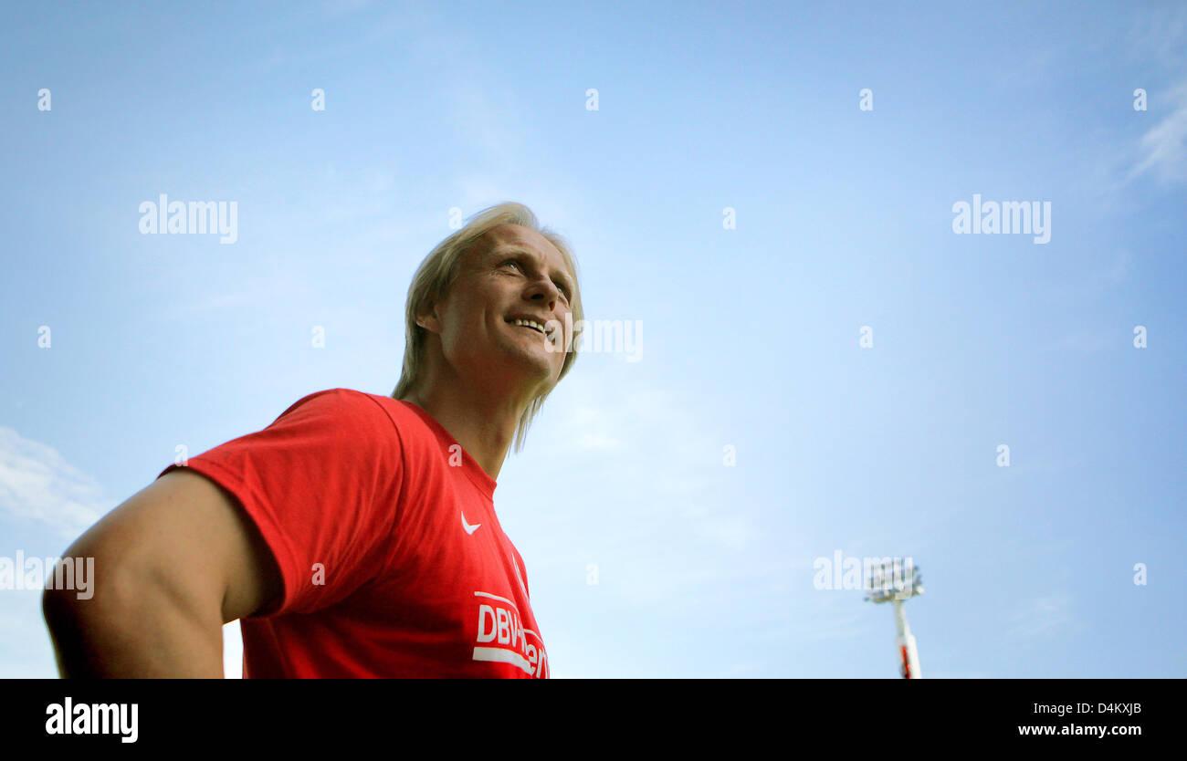 Mainz head coach Joern Andersen smiles before the Bundesliga 2nd division match FSV Mainz 05 vs Rot-Weiss Oberhausen - Stock Image