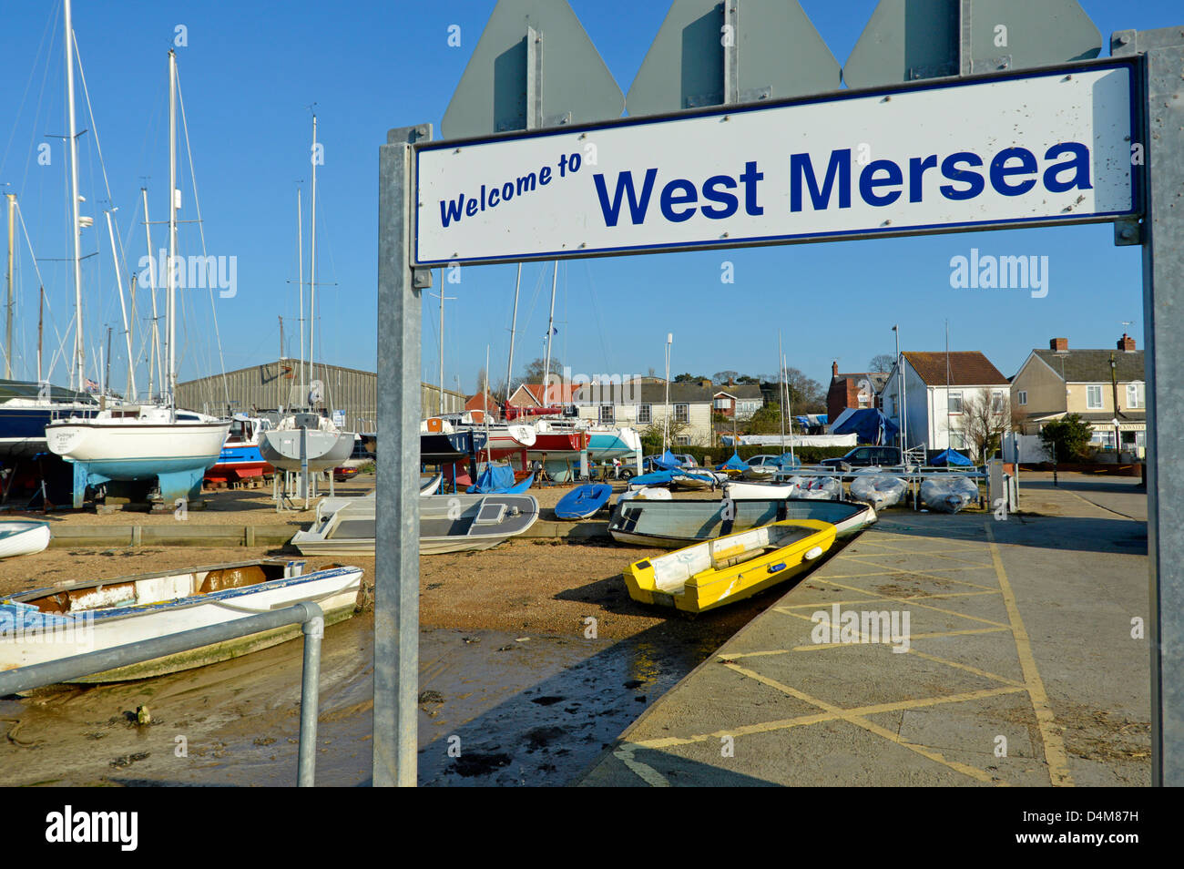 Welcoming sign to West Mersea for boat users arriving onto pontoon and going ashore - Stock Image