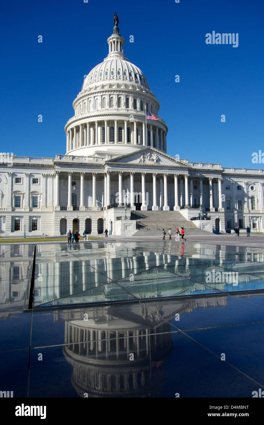 United States Capitol Building Reflected In Visitor Center Skylight Stock Photo Alamy