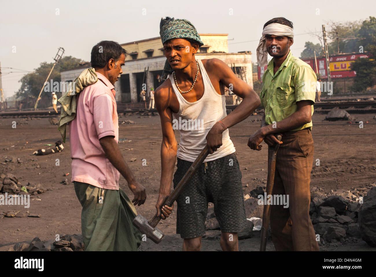 Railway workers, uttar Pradesh, India - Stock Image