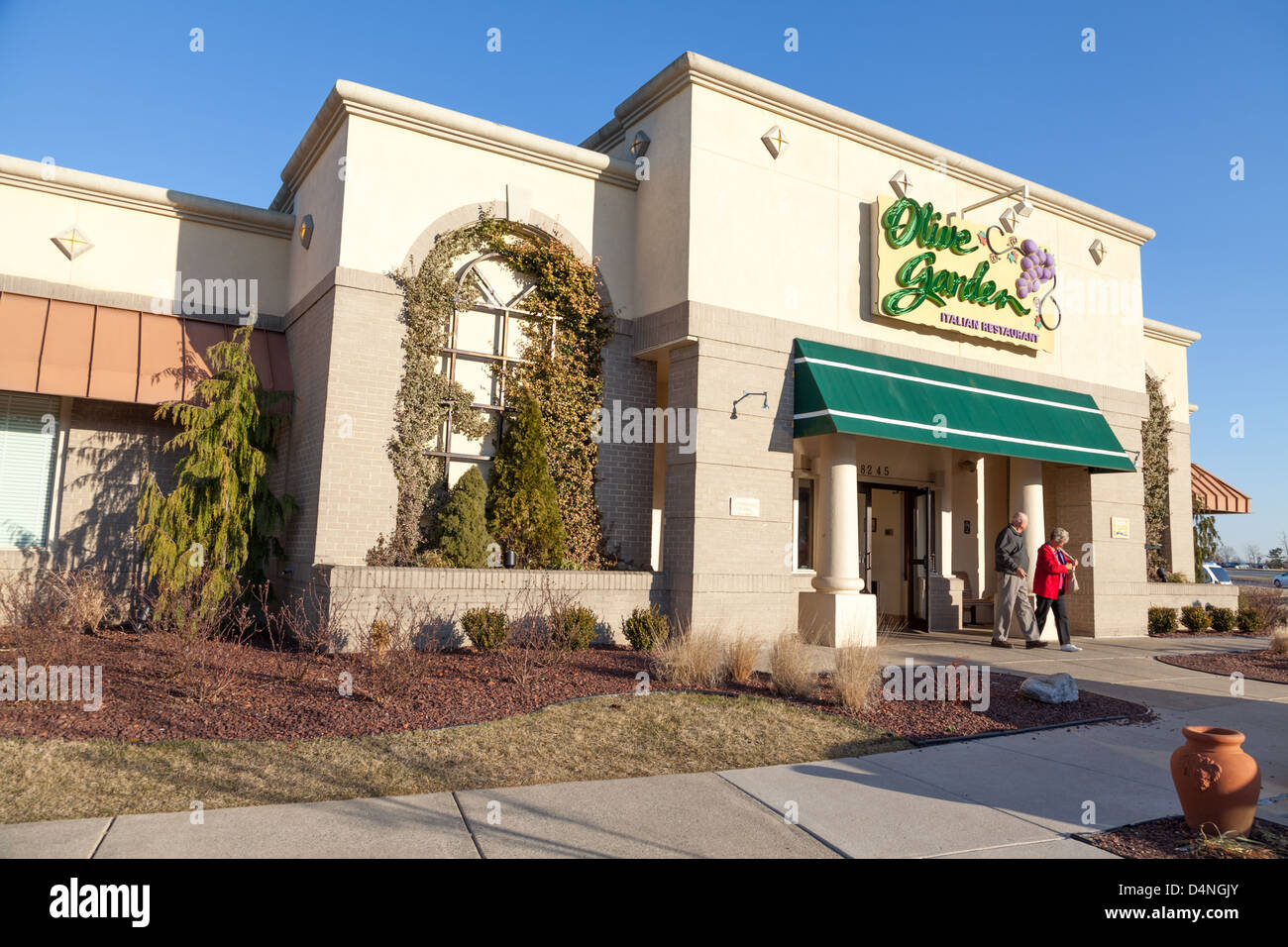 a typical olive garden restaurant baltimore county maryland stock image - Olive Garden Francise