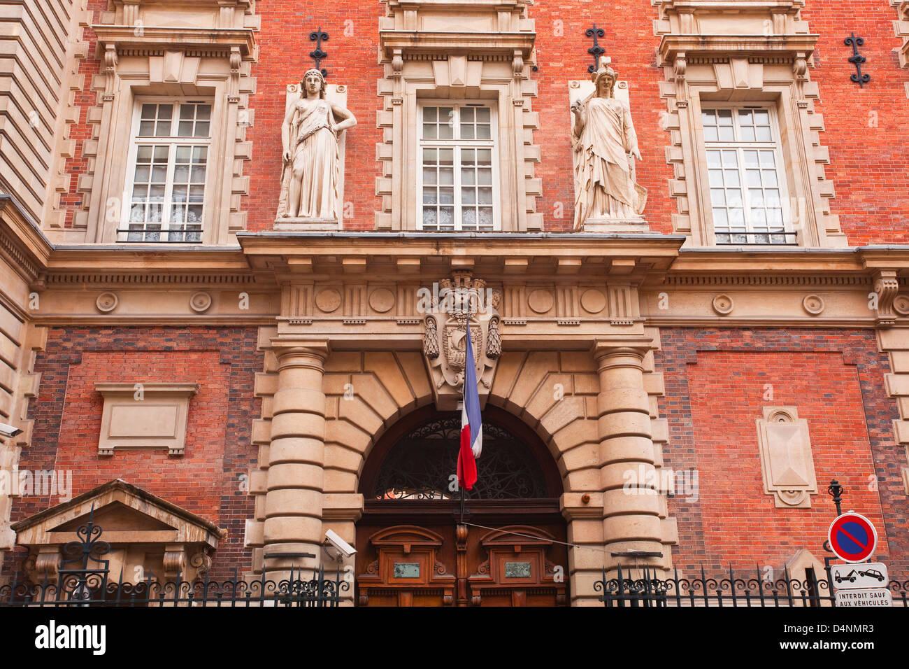 The Gendarmerie Nationale building in rue de la Banque, Paris. - Stock Image
