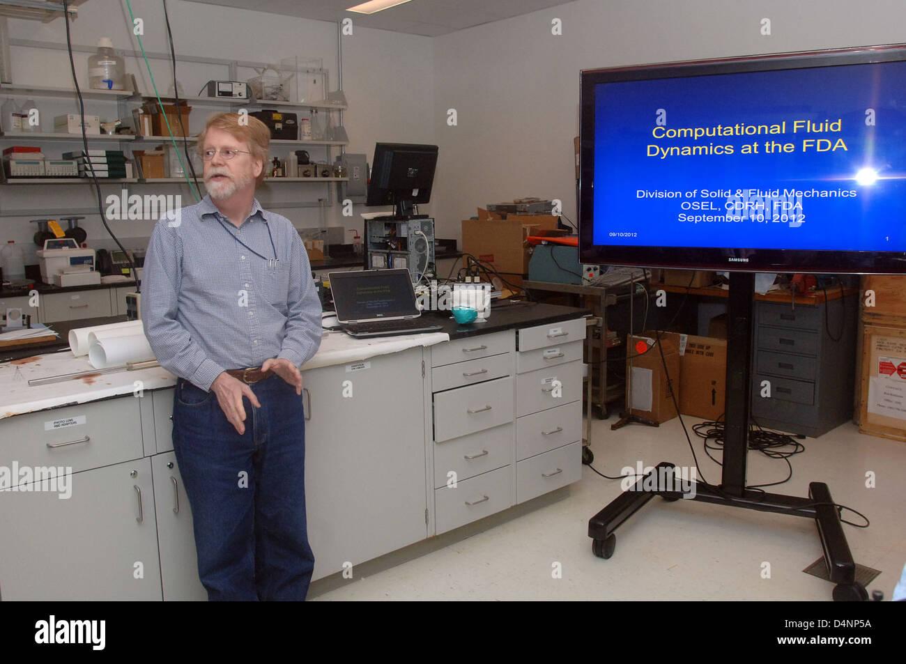 Science Writers Symposium Lab Tour (CDRH Stock Photo
