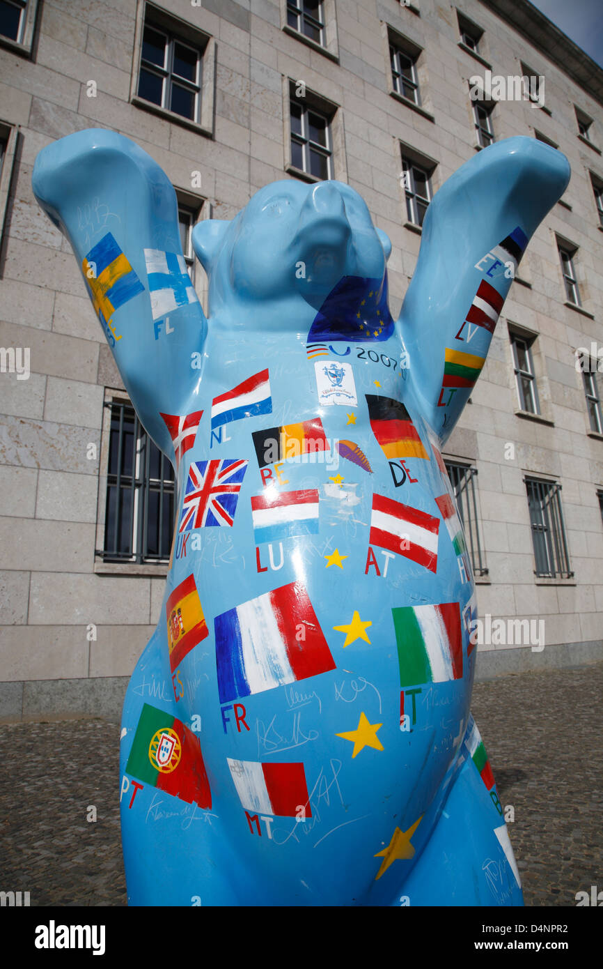 Berlin Buddy Bear painted with flags of the European Union, Berlin, Germany - Stock Image