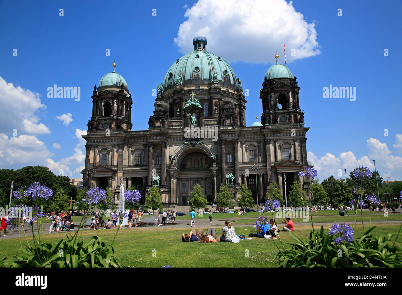 Berlin, Berliner Dom, cathedral with Lustgarten, Germany - Stock Image