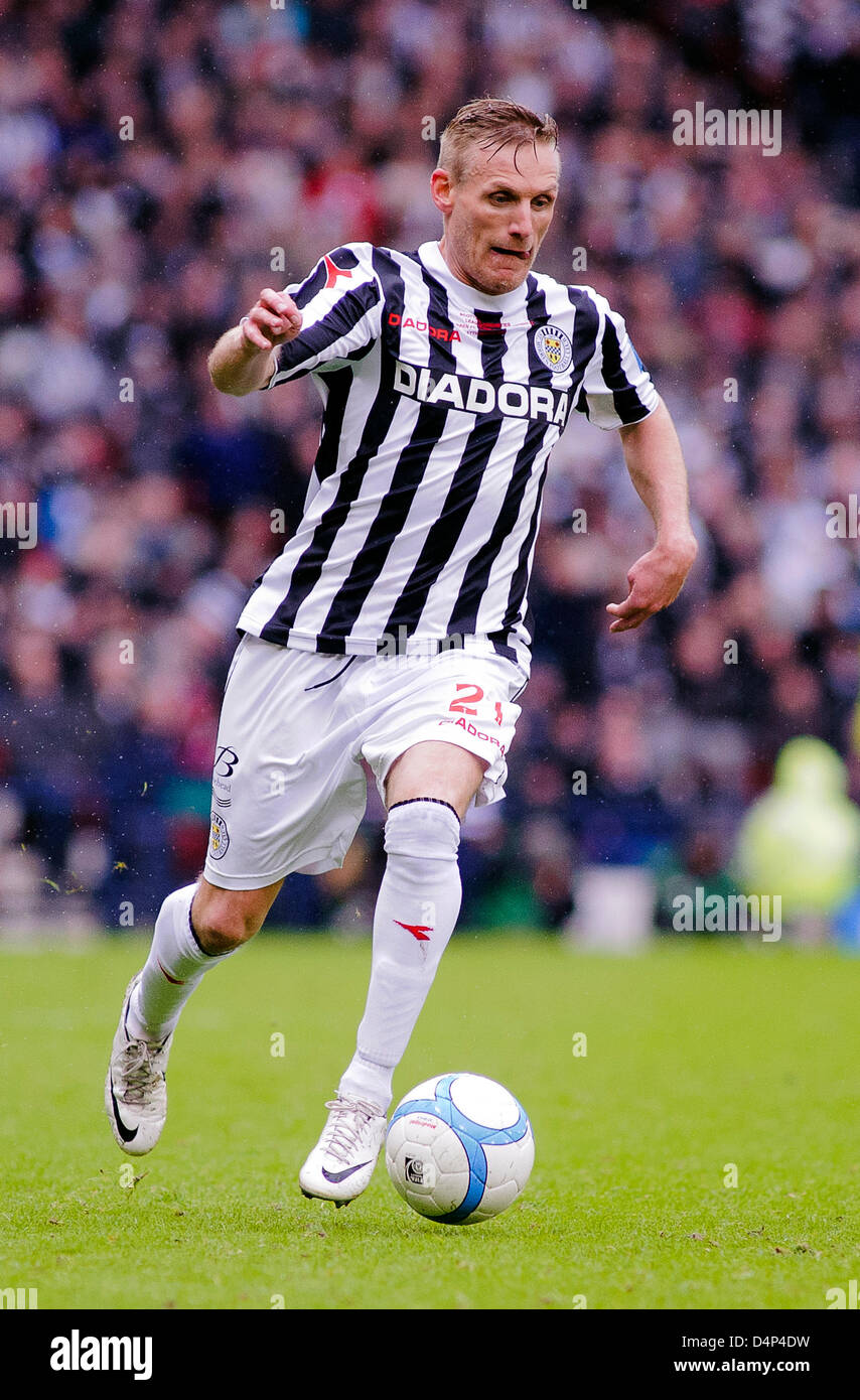 Glasgow, Scotland, UK. Sunday 17th March 2013. Gary Teale on a run during the Scottish Communities League Cup Final - Stock Image